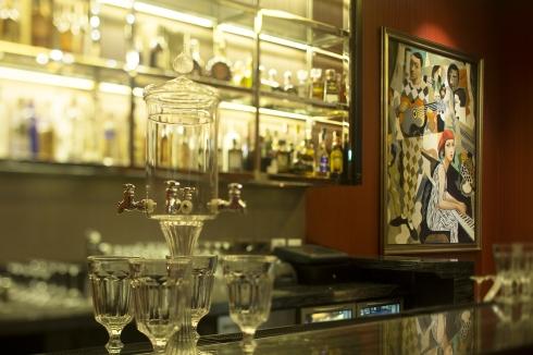mireio-terrace-indoor-bar-02